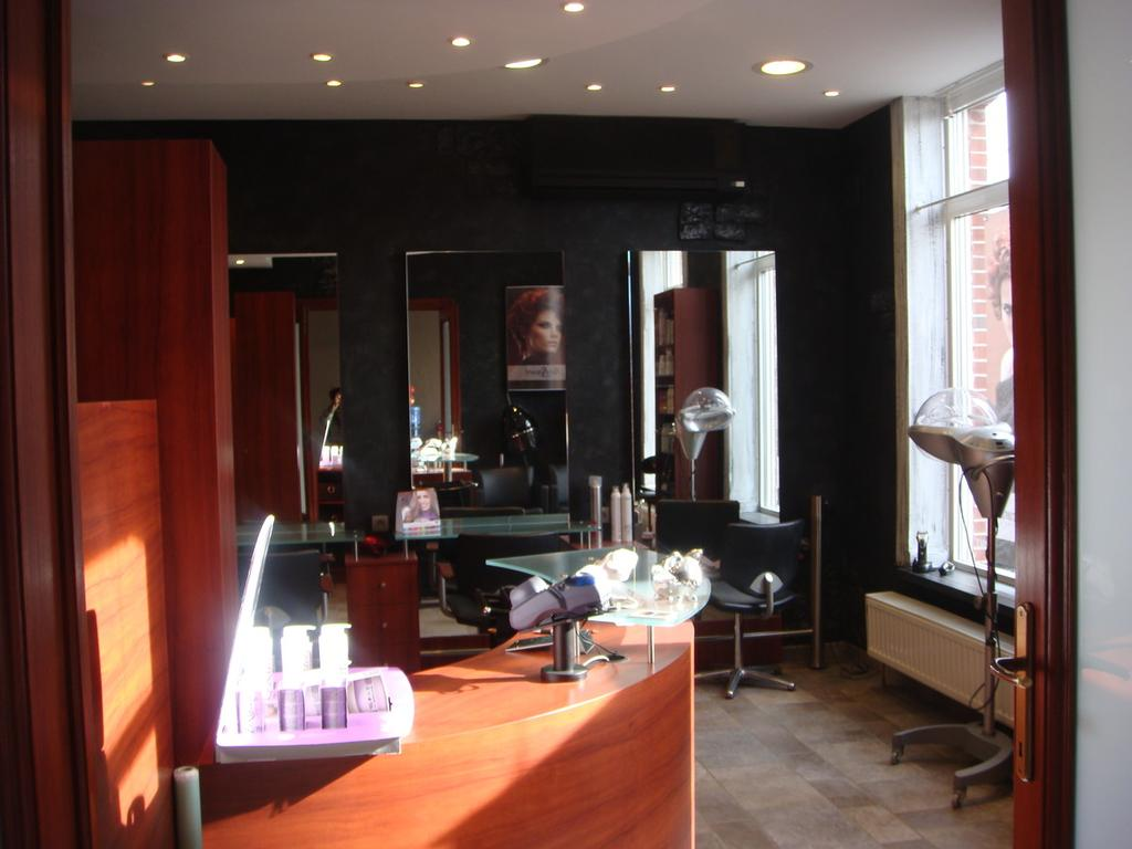 T l chargez une photo - Salon de coiffure villiers sur marne ...