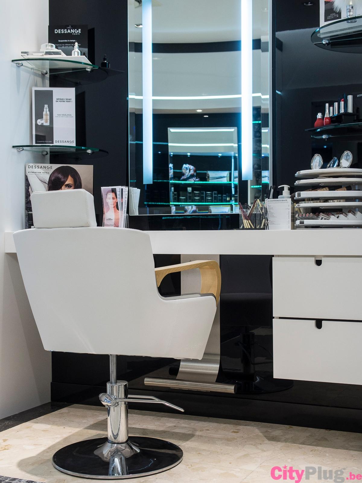 Google maps for Dessange salon de coiffure