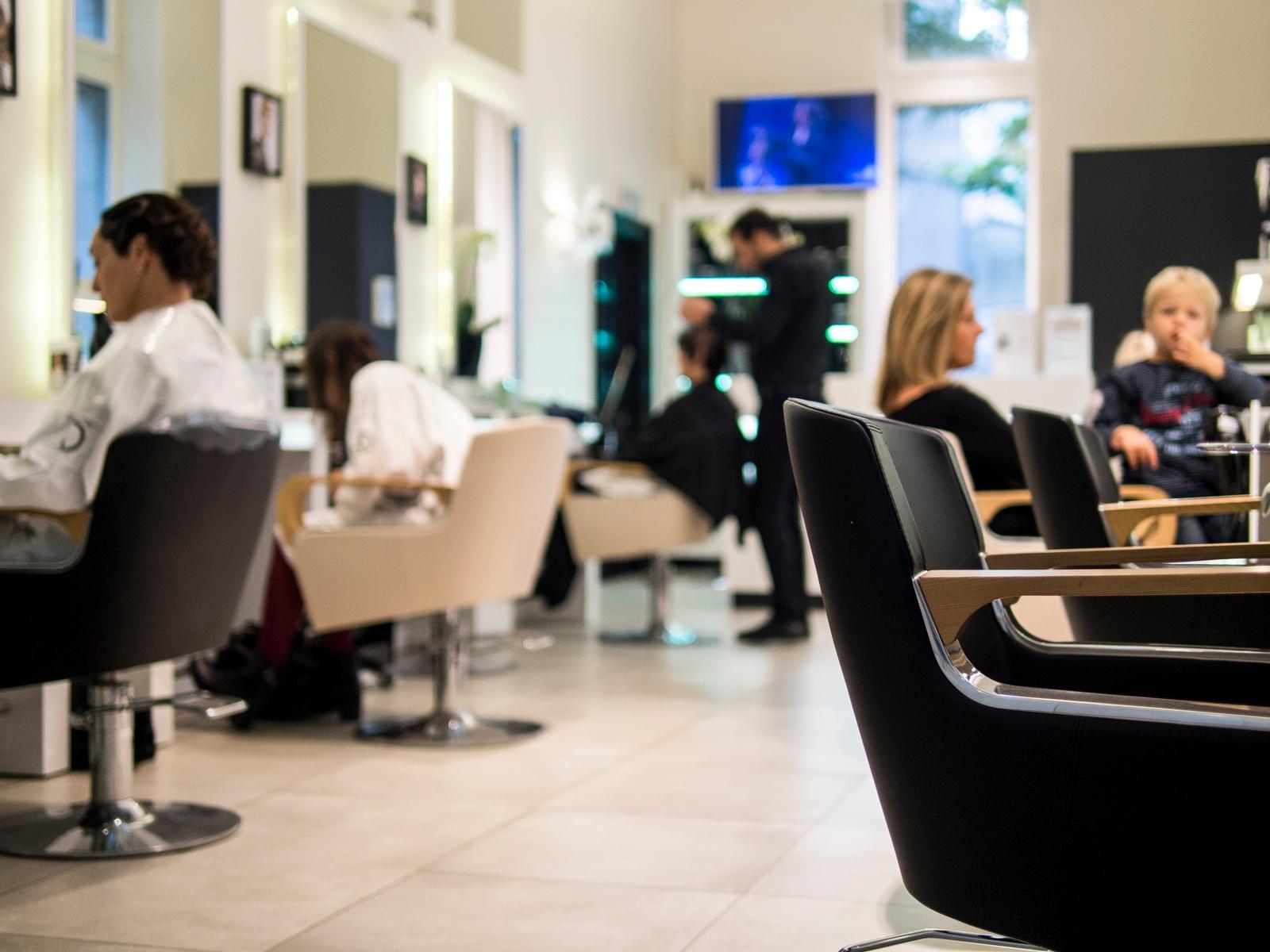 86 avis for Dessange salon de coiffure